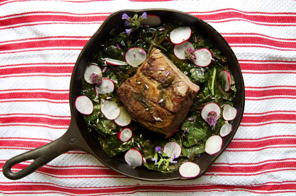 braised tendercrop pork with mustard greens