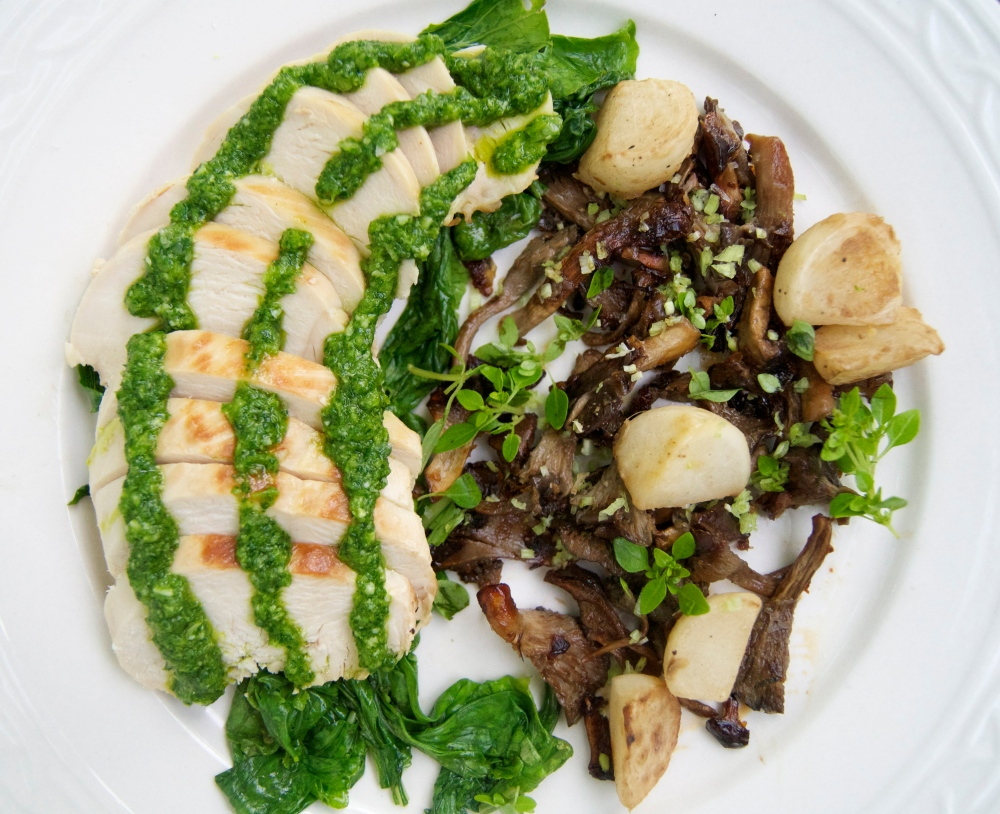 roasted chicken with arugula pesto