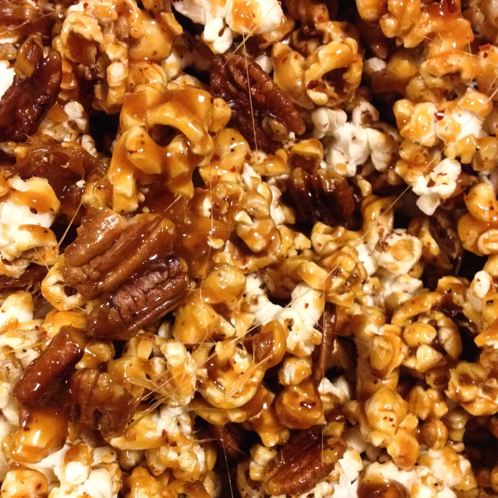 Spicy Caramel Pecan Popcorn